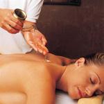 Abhyanga (massagem com óleo aquecido)